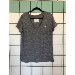 <ABERCROMBIE & FITCH> GRAY SOFT T-SHIRT!
